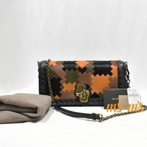 NWT Bottega Veneta intrecciato snake skin bag